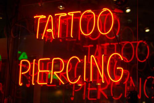 parlor_tattoo_jan09.jpg.jpg